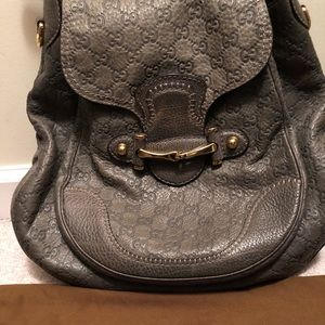Large Grey authentic Gucci shoulder handbag